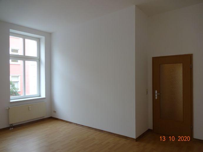 Gemütlichr 2 Raum Wohnung am Bahnhof in Forst ( Lausitz) mit Fahrstuhl