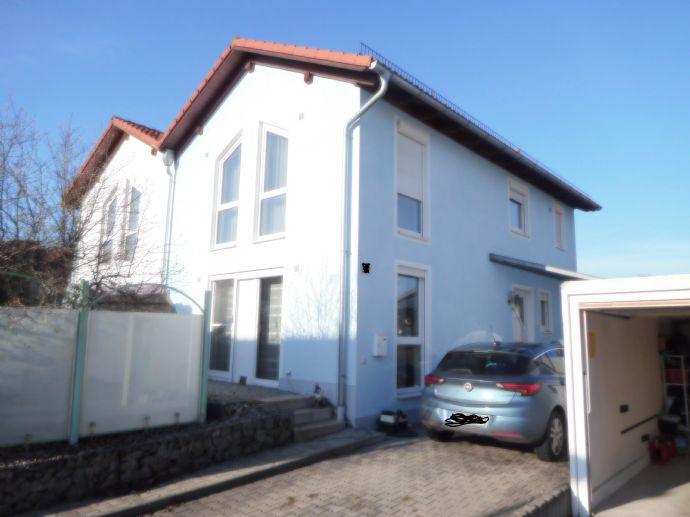 Neuwertige Doppelhaushälfte in Bad Griesbach zu verkaufen