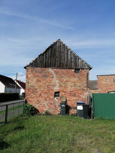 Nebengebäude zum Ausbau