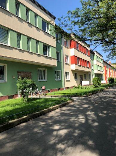 2 Zimmerwohnung mit Balkon, Stpl. oder Garage