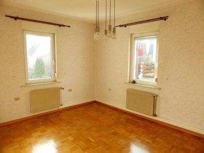 3 familienhaus mit garage und grundst ck in bevorzugter wohnlage von rottweil mehrfamilienhaus. Black Bedroom Furniture Sets. Home Design Ideas