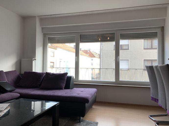 3-Zimmer-Wohnung im 2. Obergeschoss mit Einbauküche! Preis/Leistung Top !!!