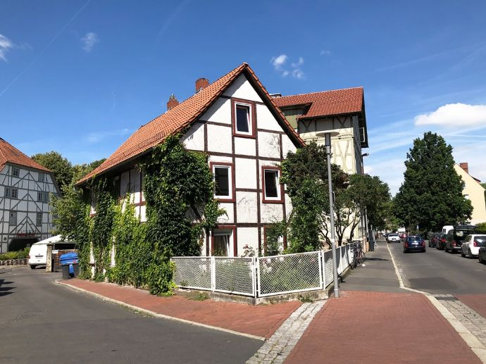 2-Familienhaus mit viel Potential direkt am Göttinger Stadtwall