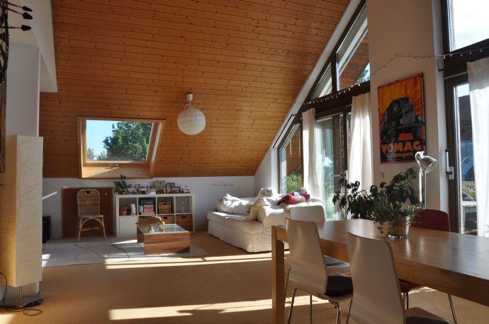Sonnige Atelier-Wohnung in Stuttgart-Vaihingen