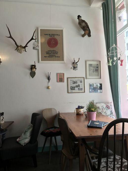 Cafe Eisdiele In Haidhausen Lieblings Platz Cafe Munchen