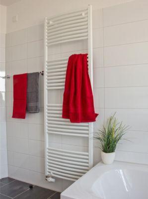 Beispiel - Handtuchheizkörper optional