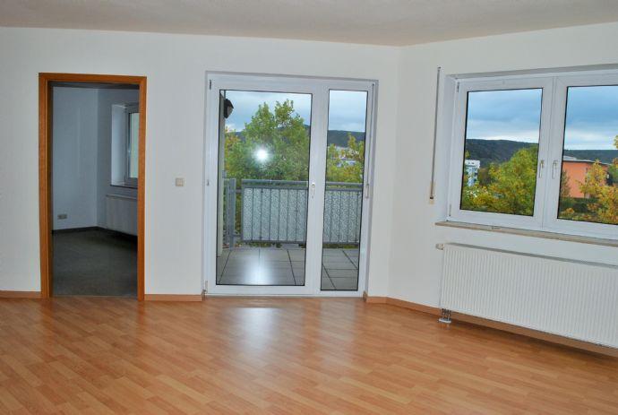 eine 2 raum eigentumswohnung mit dem besonderen ambiente wohnung rudolstadt 2c53n4b. Black Bedroom Furniture Sets. Home Design Ideas