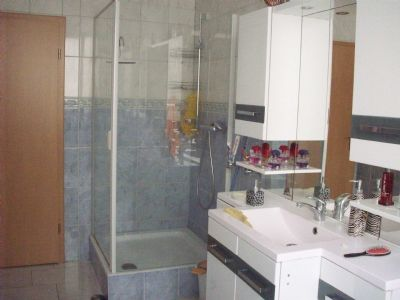 Bild 8: Badezimmer