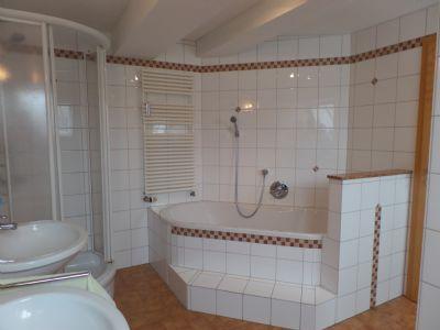 2. OG: Badezimmer