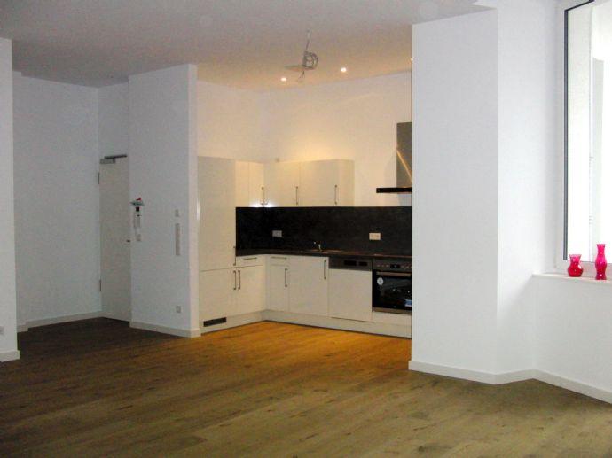 3 Zimmer 89,39 m², zentral gelegen mit Hochausstattung im Erstbezug in Wilmersdorf, Fahrstuhl,Balkon,Einbauküche, Barrierefrei.