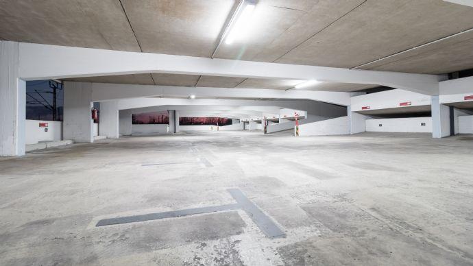 Parkhaus Stellplatz zu vermieten Hauptbahnhof Neuss Zentrum