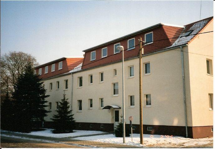 Günstiges Kaufangebot für schön geschnittene Dachgeschosswohnung in Coswig