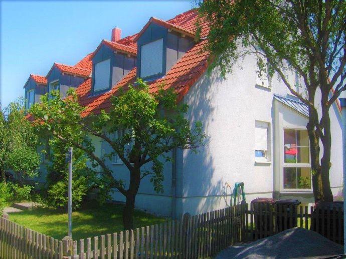 Gemütliche Doppelhaushälfte mit Garten - Willkommen Zuhause!