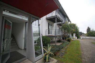 Hauseingang mit Wohnungsbereich