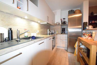 exklusive 2015 hochwertig modernisierte 2 zimmer wohnung. Black Bedroom Furniture Sets. Home Design Ideas