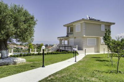 neubau villa in einer privilligierten top lage mit meerweitblick und zus 3 jahren. Black Bedroom Furniture Sets. Home Design Ideas