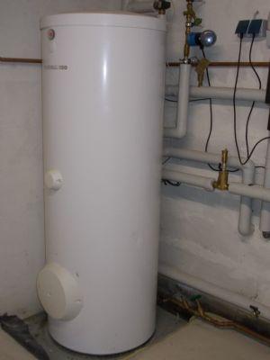 Warmwasserkessel 300 l, Fabrikat Vissmann