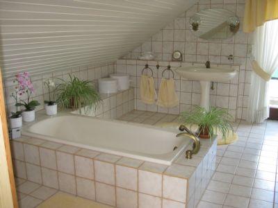 Bild 7 Badezimmer