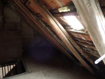 Dachboden, ausbaufähig ...