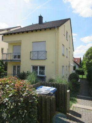 4-Zi-Whg mit 2 Balkonen von privat Langen Steinberg