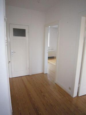 gut geschnittene 2 zimmer wohnung in bahrenfeld. Black Bedroom Furniture Sets. Home Design Ideas