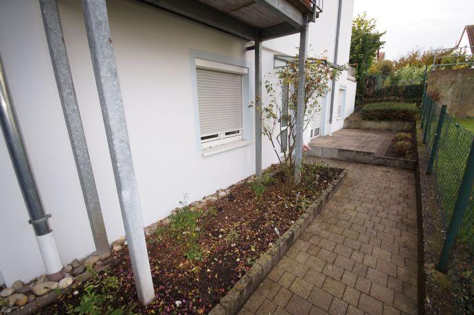 Provisionsfrei Schnuckelige 2 Zimmerwohnung mit Terrasse