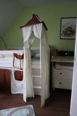 traumhafte renovierte eigentumswohnung in ruhiger zentraler lage mit ausbaureserve. Black Bedroom Furniture Sets. Home Design Ideas