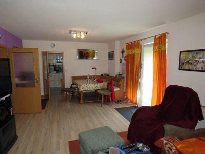 Wohnzimmer mit Essecke im EFH