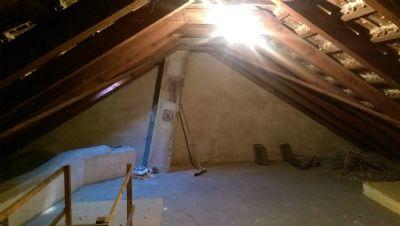 Ausbaureserve auf dem Dachboden