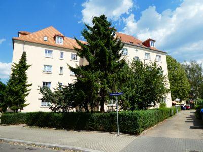 *** Gepflegte Eigentumswohnung in strategisch sehr guter und ruhiger Lage in Dresden ***
