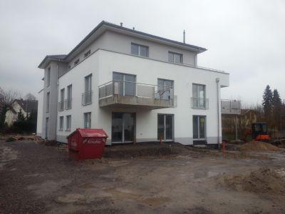 Mehrfamilienhaus neu bezogen