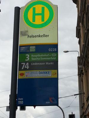Haltestelle Bus und Strassenbahn
