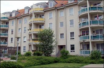 moderne 2 zimmer wohnung etagenwohnung magdeburg 2e2u34t. Black Bedroom Furniture Sets. Home Design Ideas
