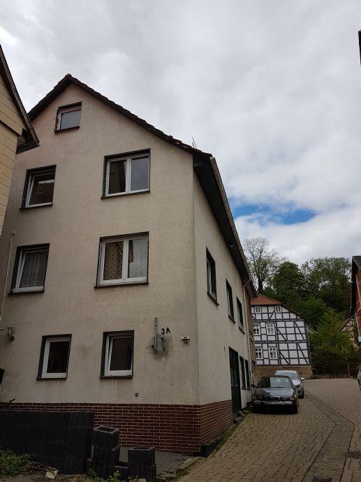 *** Renoviertes 1 - 2 Familienhaus direkt in Felsberg ***