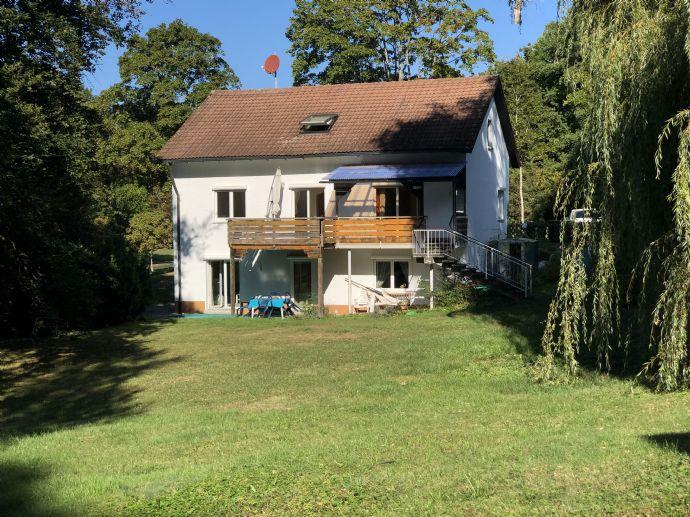 *Sonne*Ruhe*Natur und doch alles so nah* -Einfamilienhaus mit Einliegerwohnung in Bad Dürrheim-