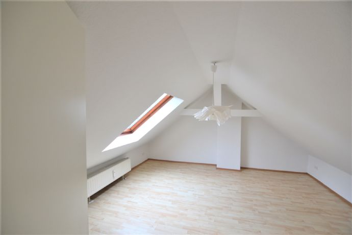 IMWRC ? Barmen bietet: Frisch renovierte Maisonnettewohnung mit gemütlichem Flair!