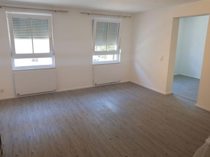 Neu sanierte, helle 3-Zimmerwohnung in Lichtental. Ab sofort frei!