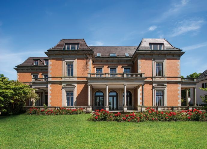 Haus im Haus - Hochwertige Eigentumswohnung mit Garten und Weserblick in der denkmalgeschützten Villa Fritze