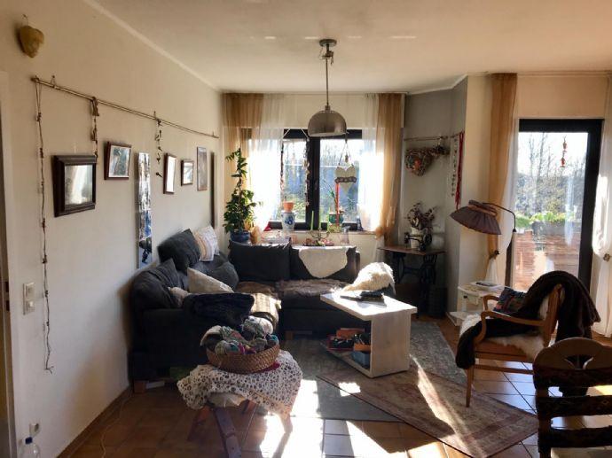 Gepflegte 2,5-Zimmer-Wohnung mit Balkon, Einbauküche und Stellplatz in Dortmund Wellinghofen