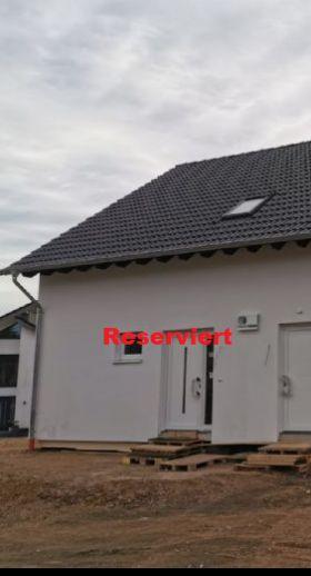 Neubau DHH links, KfW55 in Vossenack