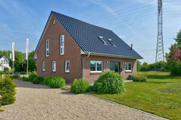 Exklusives Einfamilienhaus mit tollem Grundstück! +kontaktlose Video-Beratung+