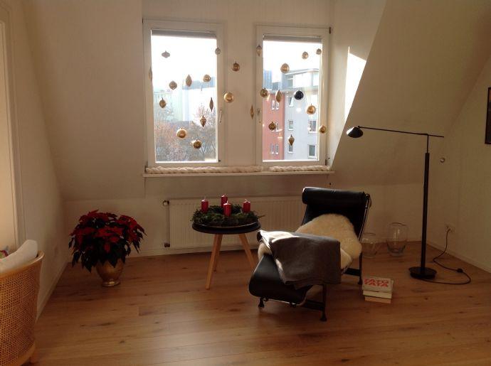 3,5-Zimmer-Altbauwohnung mit EBK und Balkon in Nürnberg