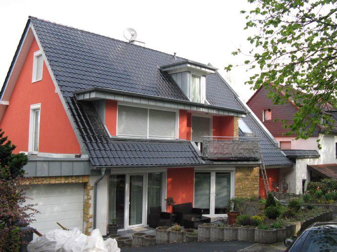 Schöner Wohnen in Bensberg -attraktive EG-Wohnung mit Balkon und Terrasse in sehr guter Wohnlage-