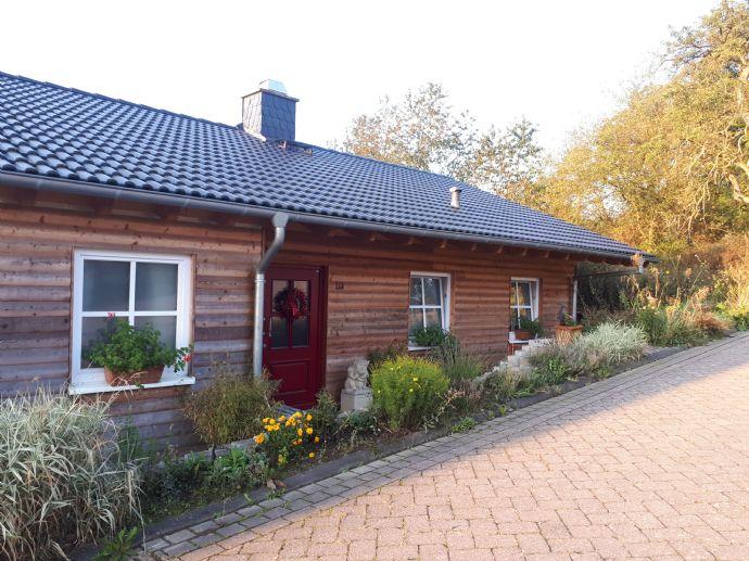 Freistehendes Niedrigenergie-Landhaus im idyllischen Linkenbach