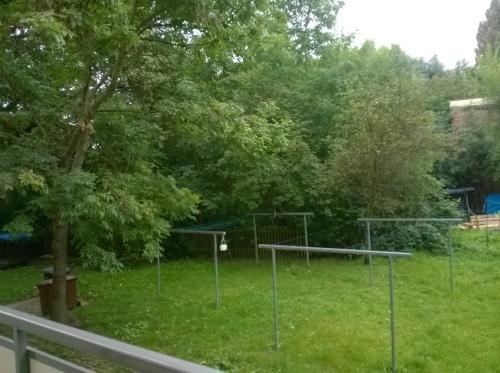 Erstbezug nach Renovierung! 2Raumwohnung-Tageslichtbad mit Dusche- neues Laminat - nähe Auenwald