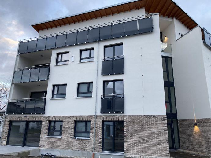 4-Zimmer-Komfort-Wohnung zum Erstbezug in S-Bahn-Nähe