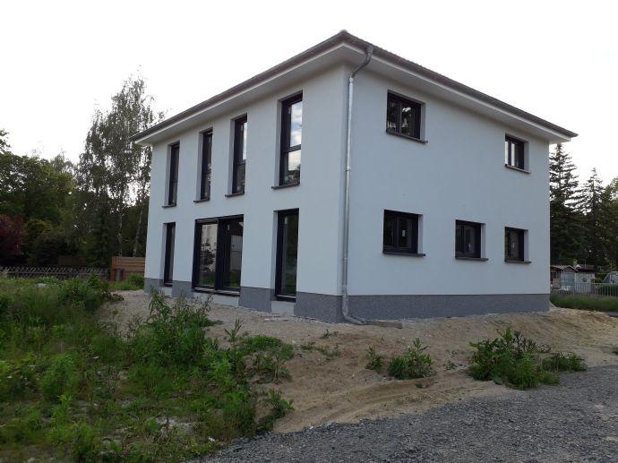 Stadthaus zum Mietkauf 842,- EUR monatl.