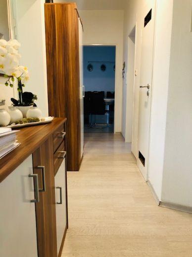 RESERVIERT ! Renovierte 3-Zimmer-Wohnung in Ludwigshafen/Nord