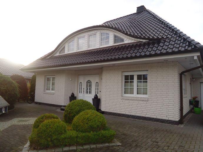Wunderschönes Einfamilienhaus in Speckenbüttel mit großem Grundstück zu verkaufen