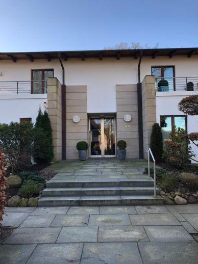 5-Zimmer-Traum-Wohnung in Lemsahl-Mellingstedt mit direktem Alsterzugang